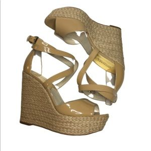 MICHAEL KORS Tan strappy wedges, Size 9 1/2